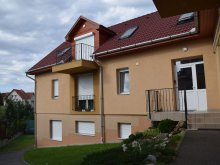Accommodation Eger, Zita Apartment