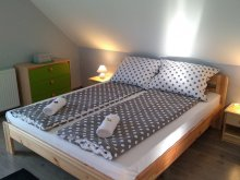 Accommodation Eger, Zita Apartment