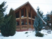 Kulcsosház Marginea (Buhuși), Little House