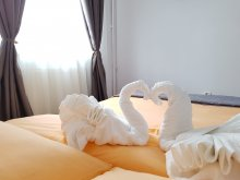 Accommodation Corund, Armonia Apartment