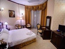 Accommodation Saraiu, Carol Hotel