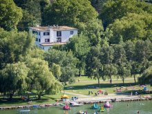 Hotel Lacul Balaton, Hotel Sirály