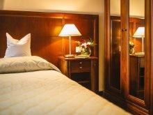 Hotel Secaș, Golf Hotel Pianu