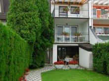 Apartman Mezőszilas, Balatoni Apartmanház 1