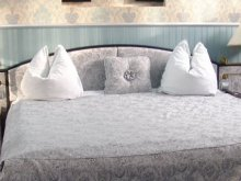 Hotel Roșiile, Brancusi Hotel