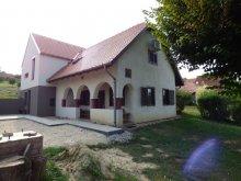 Casă de oaspeți Mezőkomárom, Casa de oaspeți Levendula