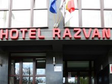 Accommodation 44.521873, 26.030640, Răzvan Hotel