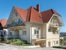 Villa Nagygeresd, Flóra Villa