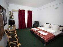 Travelminit szállások, Arta Hotel