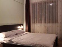 Accommodation Cornești (Mihai Viteazu), Tichet de vacanță, Năsăud Apartment