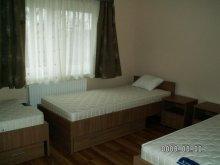 Apartman Tiszavárkony, Túri Vendégház