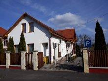 Pensiune Révleányvár, Pensiunea Üveghíd