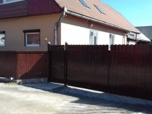 Casă de oaspeți Poiana (Mărgineni), Casa de oaspeți Csíkcsicsói