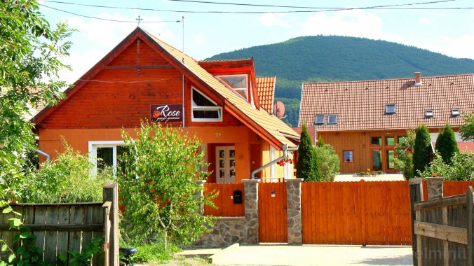 Rose Guesthouse Păuleni-Ciuc