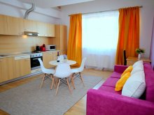 Discounted Package Covăsinț, Spring Apartment
