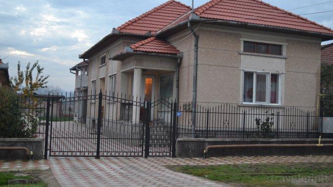 Bolinger Guesthouse Cristur