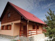 Cabană Nicolești (Frumoasa), Casa de oaspeți Szarvas
