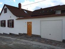 Apartman Magyarhertelend, Fehérház Alkalmi Szálló