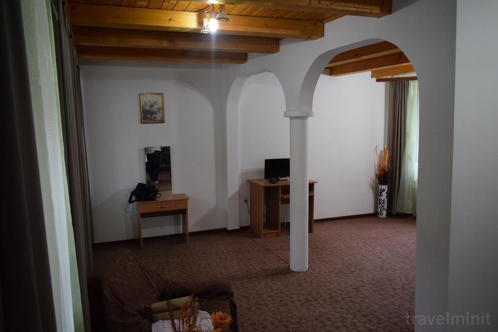 Pufu Villa Slănic Moldova — Travelminit com