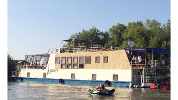 Egreta Floating Hotel Maliuc