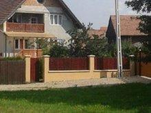 Casă de oaspeți Oniceni, Casa de oaspeți Iza