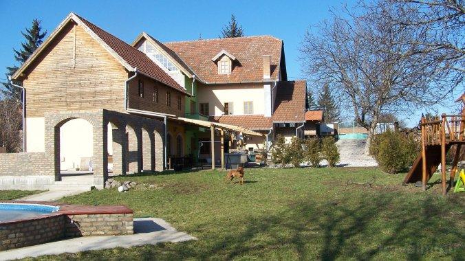 Baráti Guesthouse Bernecebaráti