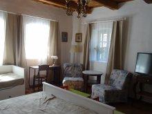 Accommodation Nagymaros, Padláskincsek Guesthouse
