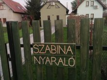 Casă de vacanță Tiszavárkony, Casa de vacanță Szabina