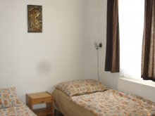 Accommodation Tiszaroff, Holdfény Apartment