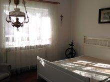 Casă de oaspeți Sânsimion, Casa de oaspeți Kozma