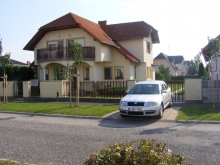 Cazare Répcevis, Apartament Abigel