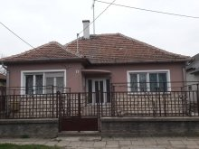 Casă de oaspeți Csabaszabadi, Casa de oaspeți Alexander