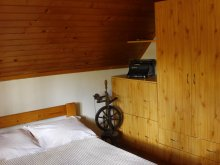 Casă de vacanță Mugeni, Casa de vacanță Isti