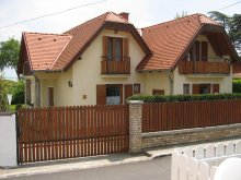 Vacation home Molnaszecsőd, Tornai House
