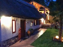Accommodation Balatonkenese, Egzotikus Kert Guesthouse