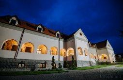 City offers Praid, Molnos Mansion Pension