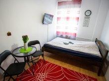 Accommodation Malnaș-Băi, Tiny Apartment