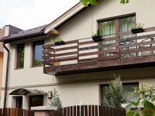 Accommodation Sub Cetate, Rozelor Apartment