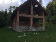 Cabană Lunca Bradului, Casa din Pădure