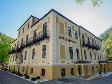 Cazare Cazanele Dunării, Hotel Versay