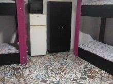 Hostel Bistrița Bârgăului Fabrici, Apartament Casa studențească