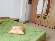 Apartament Țohești, Apartament Sarah