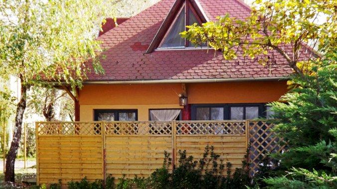 Nap-Hal Vízparti Ház Balatonszárszó