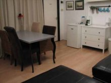 Accommodation Pannonhalma, Bakony Pihenő Apartment