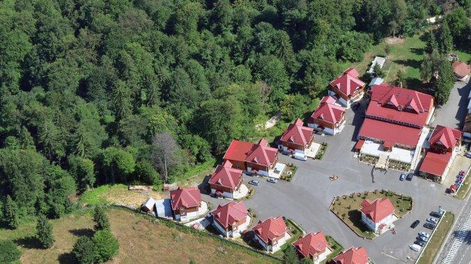 Monterai Resort Komplexum Brassópojána