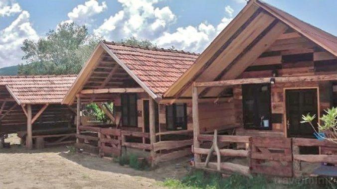 Fehér Camping House Sovata