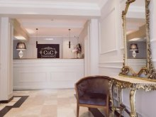 Travelminit accommodations, C&C Residence Hotel