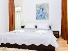 Casă de oaspeți Arșița, Casa de oaspeți Rent Holding 2