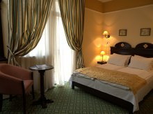 Hotel Ștrand Termal Sânmihaiu German, Hotel Koronna