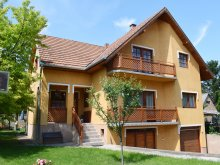Cazare Transdanubia de Sud, Apartament Marcsi